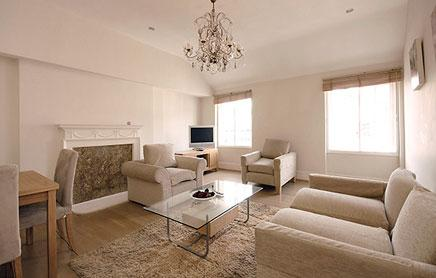 17-Hertford-Street-Serviced-Apartments-Mayfair-London---spacious-living-room-|-Urban-Stay