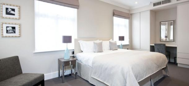 Ashburn Court South Kensington Serviced Apartments London - Bright Bedroom | Urban Stay
