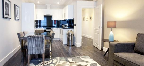 Ashburn Court South Kensington Serviced Apartments London - Kitchen and Dining Room| Urban Stay
