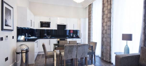 Ashburn Court South Kensington Serviced Apartments London - Kitchen and Dining Table | Urban Stay
