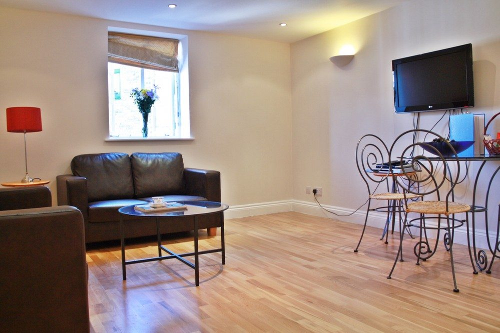 Corporate-accommodation-Liverpool-Street-London---Living-Room