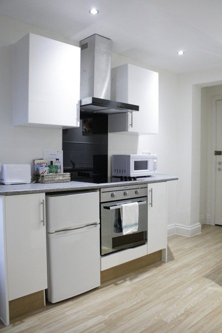 Corporate-accommodation-Liverpool-Street-London---studio-kitchen
