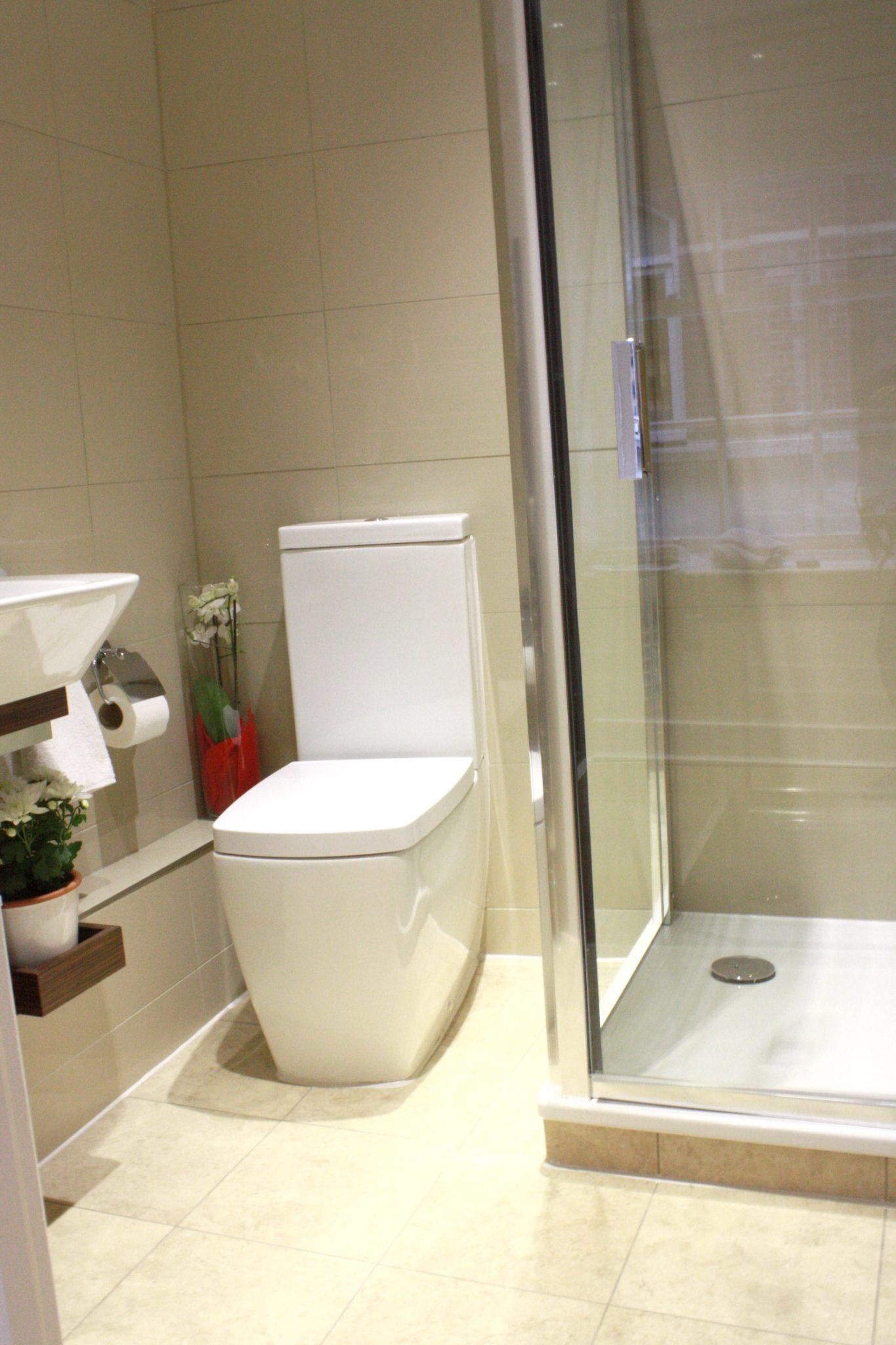Liverpool Street Serviced Accommodation Artillery Lane Apartments Ensuite Bathroom