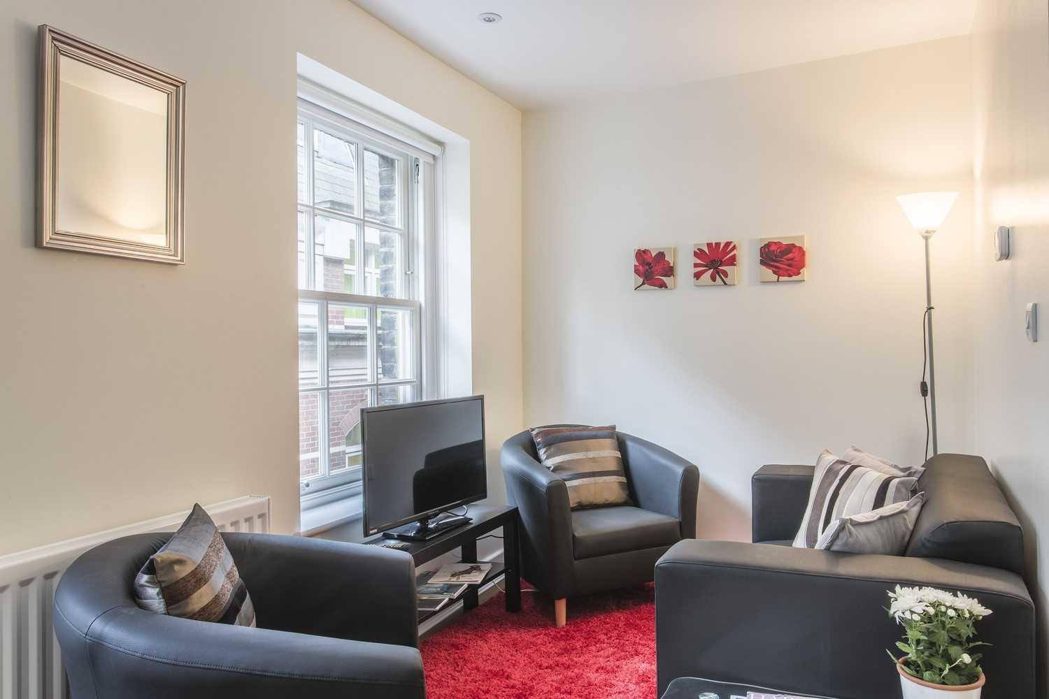 Liverpool Street Serviced Accommodation Artillery Lane Apartments Living Room