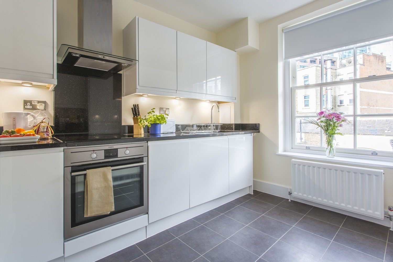 Liverpool Street Serviced Accommodation Artillery Lane Apartments Luxury Kitchen
