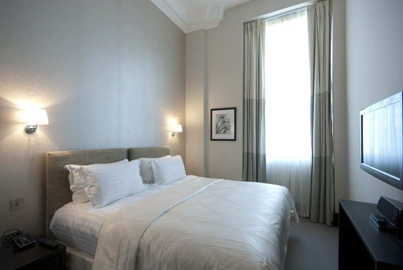 Luxury-Accommodation-South-Kensington---130-Queens-Gate-Apartments-Bedroom