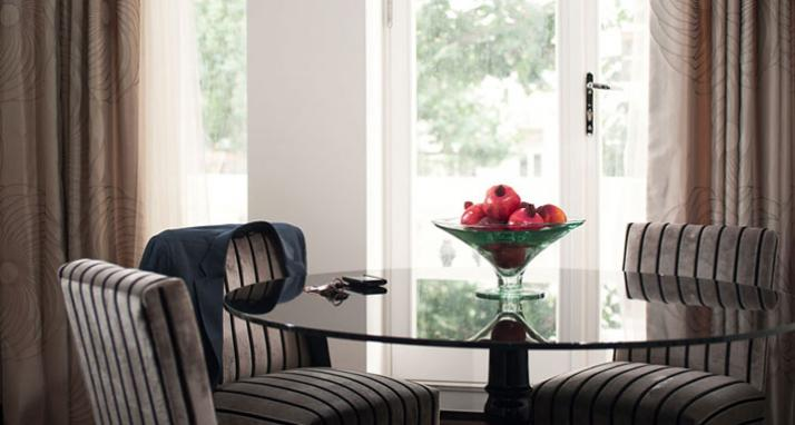 Luxury-Accommodation-South-Kensington---130-Queens-Gate-Apartments-Dining-Area-2