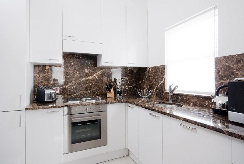 Luxury-Accommodation-South-Kensington---130-Queens-Gate-Apartments-Kitchen-2