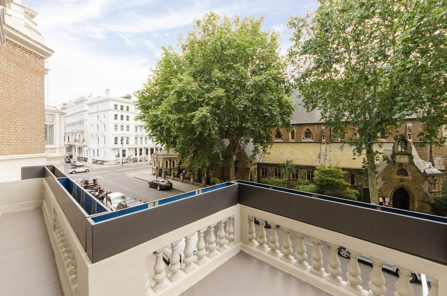 Luxury-Apartments-South-Kensington---Southwell-Gardens-Balcony