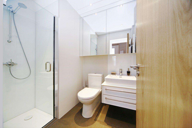 Luxury-Apartments-South-Kensington---Southwell-Gardens-Modern-Bathroom