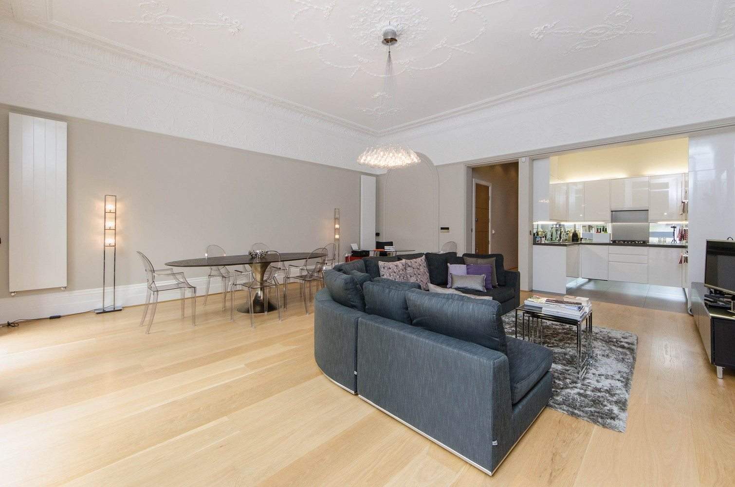 Luxury-Apartments-South-Kensington---Open-Plan-Living-Room