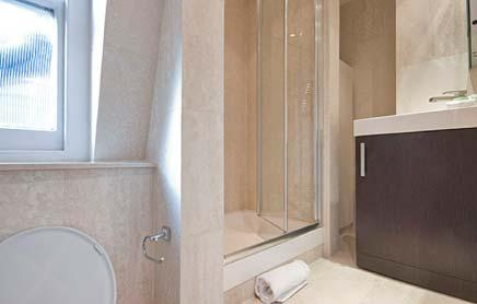Short-Stay-Apartments-Mayfair-London---Urban-Stay-corporate-accommodation---Bathroom-5