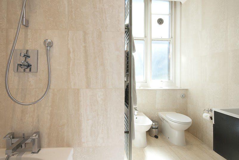 Short Stay Apartments Mayfair London - Urban Stay corporate accommodation - Bathroom