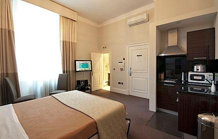 Short Stay Apartments Mayfair London - Urban Stay corporate accommodation - Bedroom 7