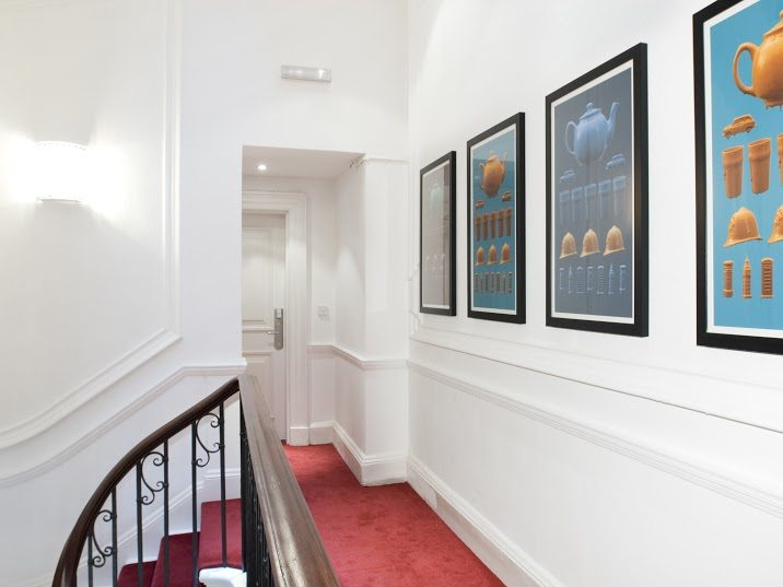 Short-Stay-Apartments-Mayfair-London---Urban-Stay-corporate-accommodation---Hallway