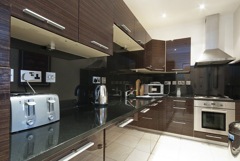 Short-Stay-Apartments-Mayfair-London---Urban-Stay-corporate-accommodation---Kitchen-4