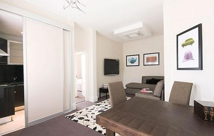 Short-Stay-Apartments-Mayfair-London---Urban-Stay-corporate-accommodation---Living-Room-4