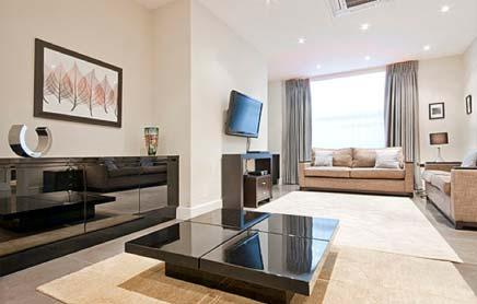 Short-Stay-Apartments-Mayfair-London---Urban-Stay-corporate-accommodation---Living-Room-5