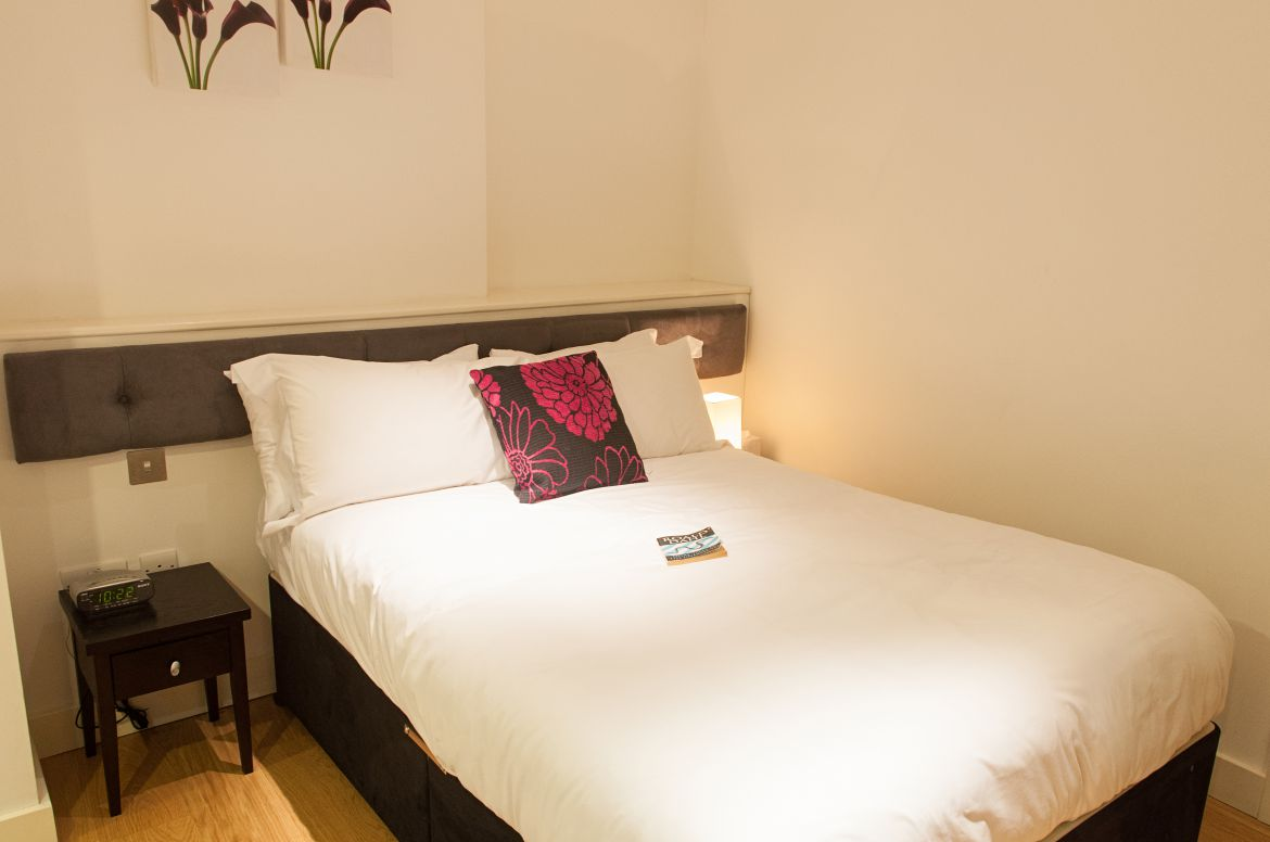 Short-Term-Lets-Central-London-Available-Now!-Book-Short-Let-Serviced-Accommodation-Near-Covent-Garden,-Soho,-Trafalgar-Square-and-Oxford-Street-now!