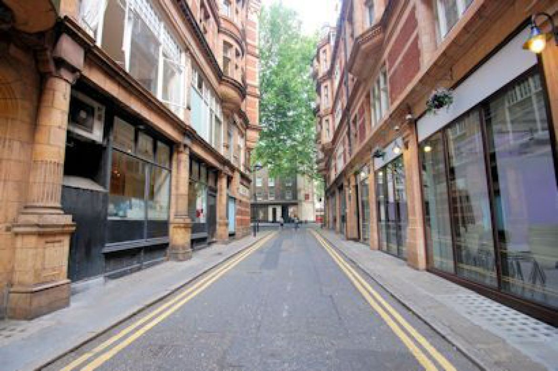 King-Edward-Mansions-Serviced-Apartments-Holborn,-London-|-Urban-Stay