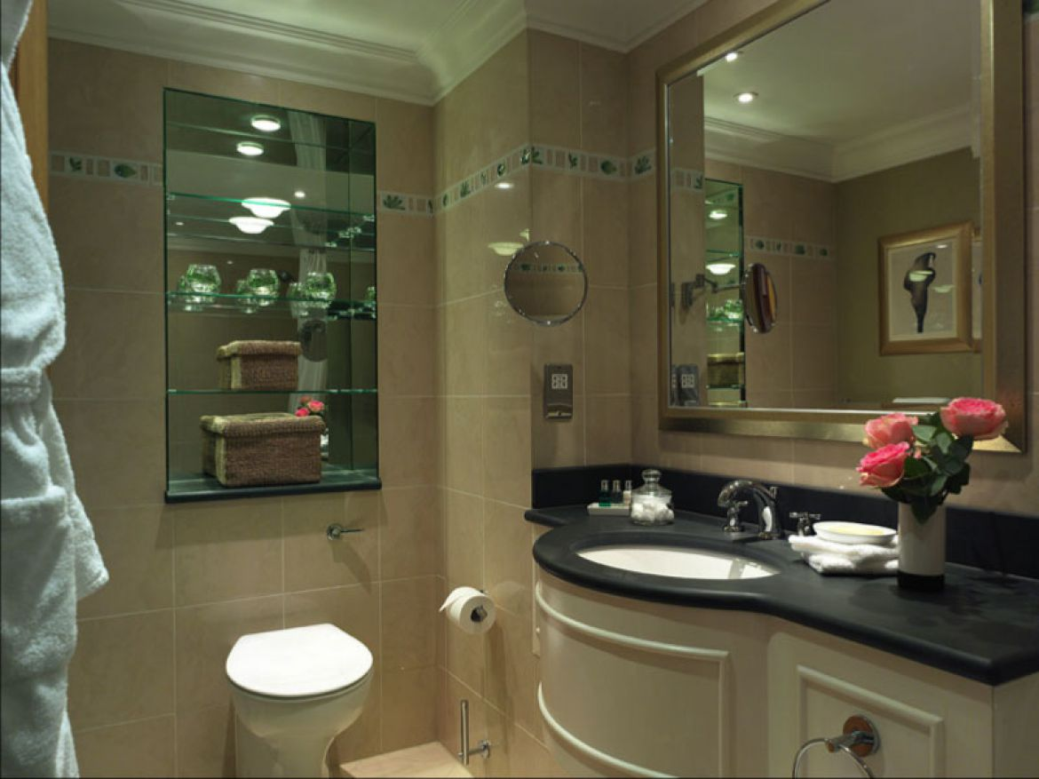 Luxury-Short-Lets-Central-London-available-now!-Book-our-5*-Knightsbridge-Apartments-near-Harrods,-Hyde-Park-the-London-Museums.-Aircon-+-Wifi-+-Sky-TV-incl-|-Urban-Stay