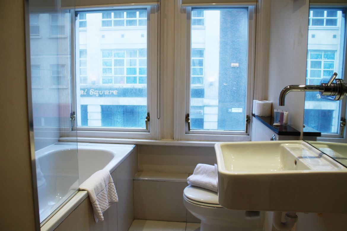 Aldgate-Short-Let-Accommodation---The-Minories-Apartments-Available-Now!-Book-Corporate-Serviced-Apartments-in-The-City-of-London!-Free-W-fi-&-DVD-Player