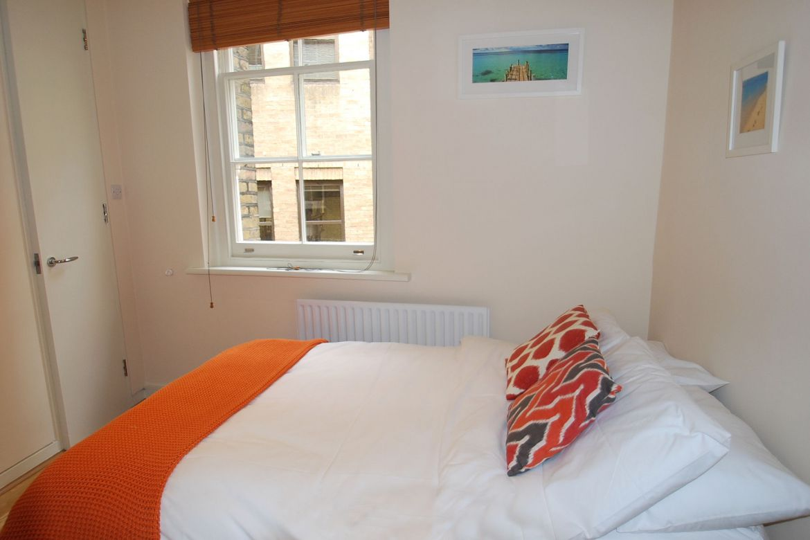 Cathedral-Court-Serviced-Apartments-Blackfriars,-London-|-Urban-Stay