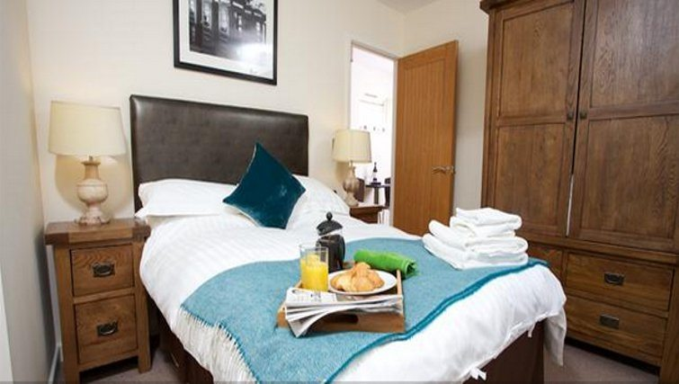 Suffolk-Road-Apartments,-Cheltenham-serviced-apartments,-London