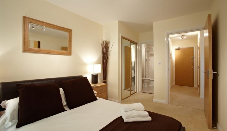 Ibex House Apartments - Slough Serviced Apartments