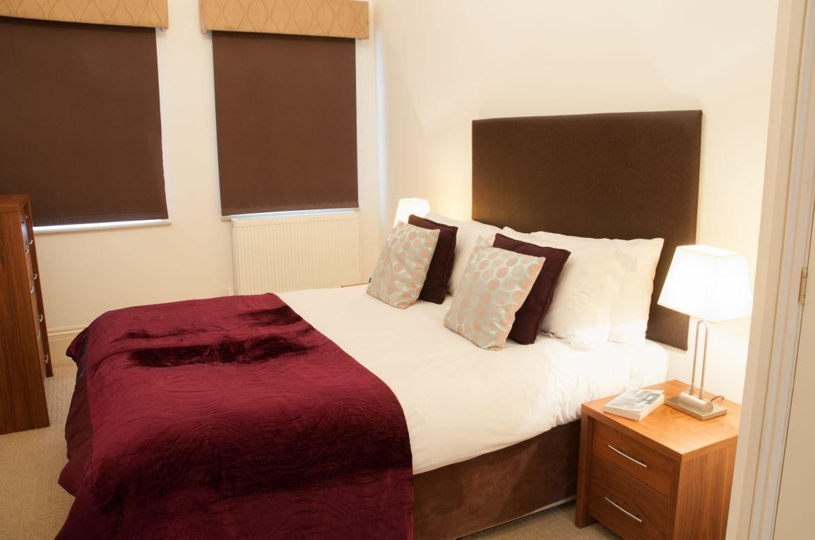Book-Kew-Serviced-Apartments-near-Kew-Gardens-now!-Urban-Stay's-West-London-Accommodation-is-perfect-for-families-&-business-travellers-relocating-to-London!-Urban-Stay
