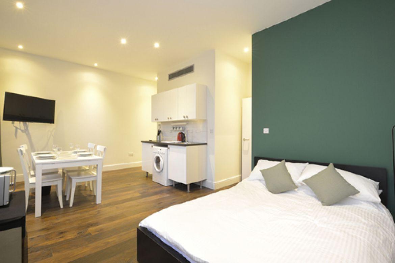 Knaresborough-Place-Serviced-Apartments-Kensington,-London-|-Urban-Stay