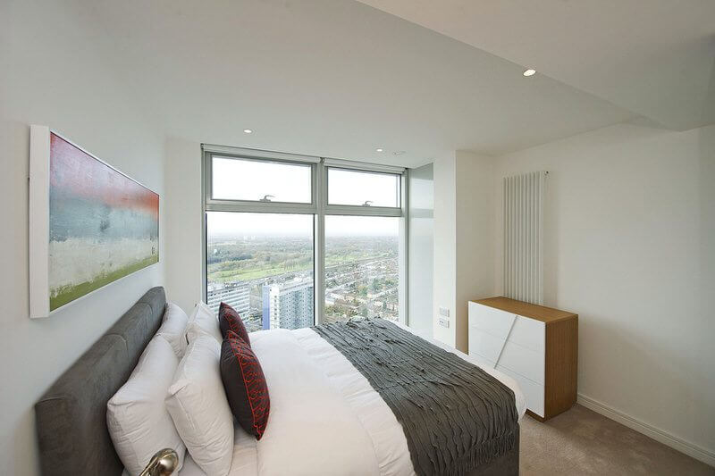 Ilford-Serviced-Accommodation,-East-London---Pioneer-Point-Apartments!-Panoramic-Views,-Free-Wi-Fi-&-Equipped-Kitchen!-Book-NOW-for-best-rates!-I-Urban-Stay