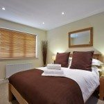 Guildford Serviced Apartments - Short Let Accommodation Woking - Cheap Self-catering Holiday Accommodation UK – Best hotel alternative – Guildown Court Apartments - Urban Stay
