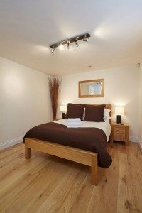 Serviced Accommodation Maidenhead - Hendry Court Serviced Apartments Maidenhead - Cheap Self-catering Accommodation UK - Urban Stay