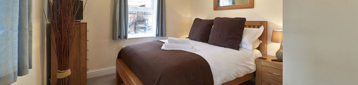 Swindon Self-Catering Apartments, UK - Swan Place Apartments! Free Wifi, and Parking, BOOK NOW on +44 208 691 3920 for Best-Discounted Rates! I Urban Stay