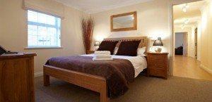 Short Stay Accommodation Newbury - Stephenson Court Serviced Apartments Berkshire - Holiday Accommodation UK | Urban Stay