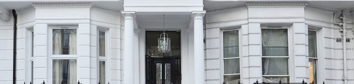 Looking for The Best Serviced Accommodation in Kensington? Book luxury short let apartments in West Central London now! Balcony, Lift Access, Parking, Wifi
