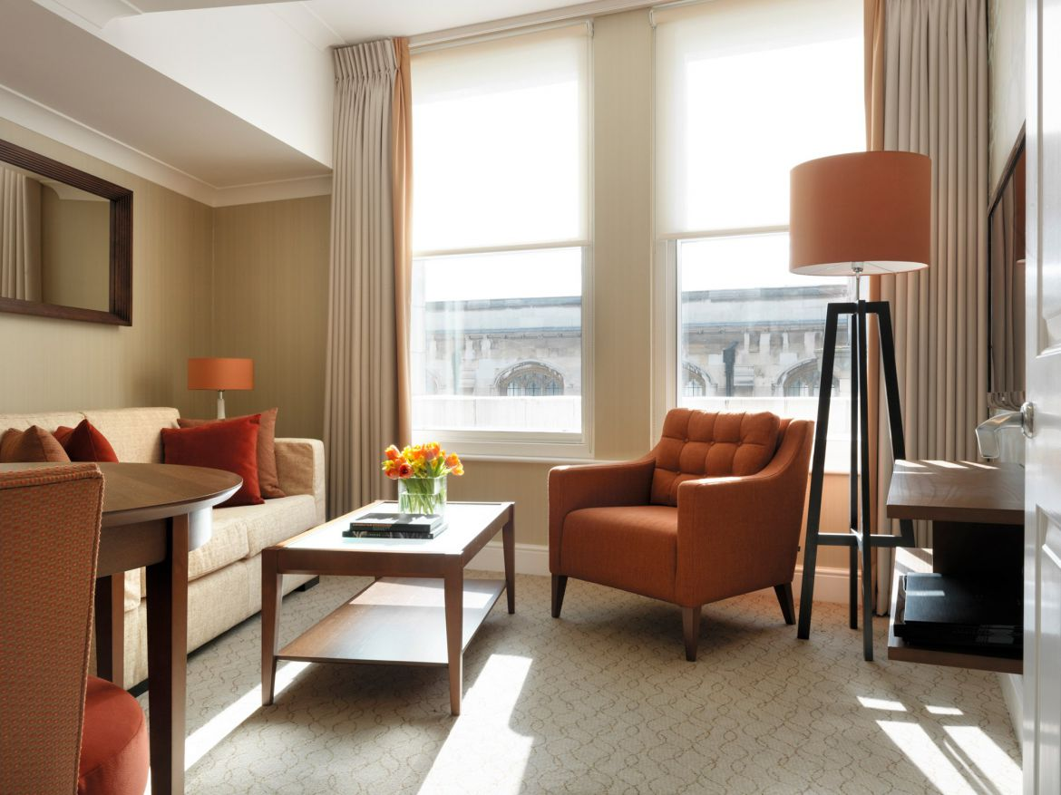 Living-Room-in-Calico-House-Serviced-Apartments-Bank,-The-City-of-London
