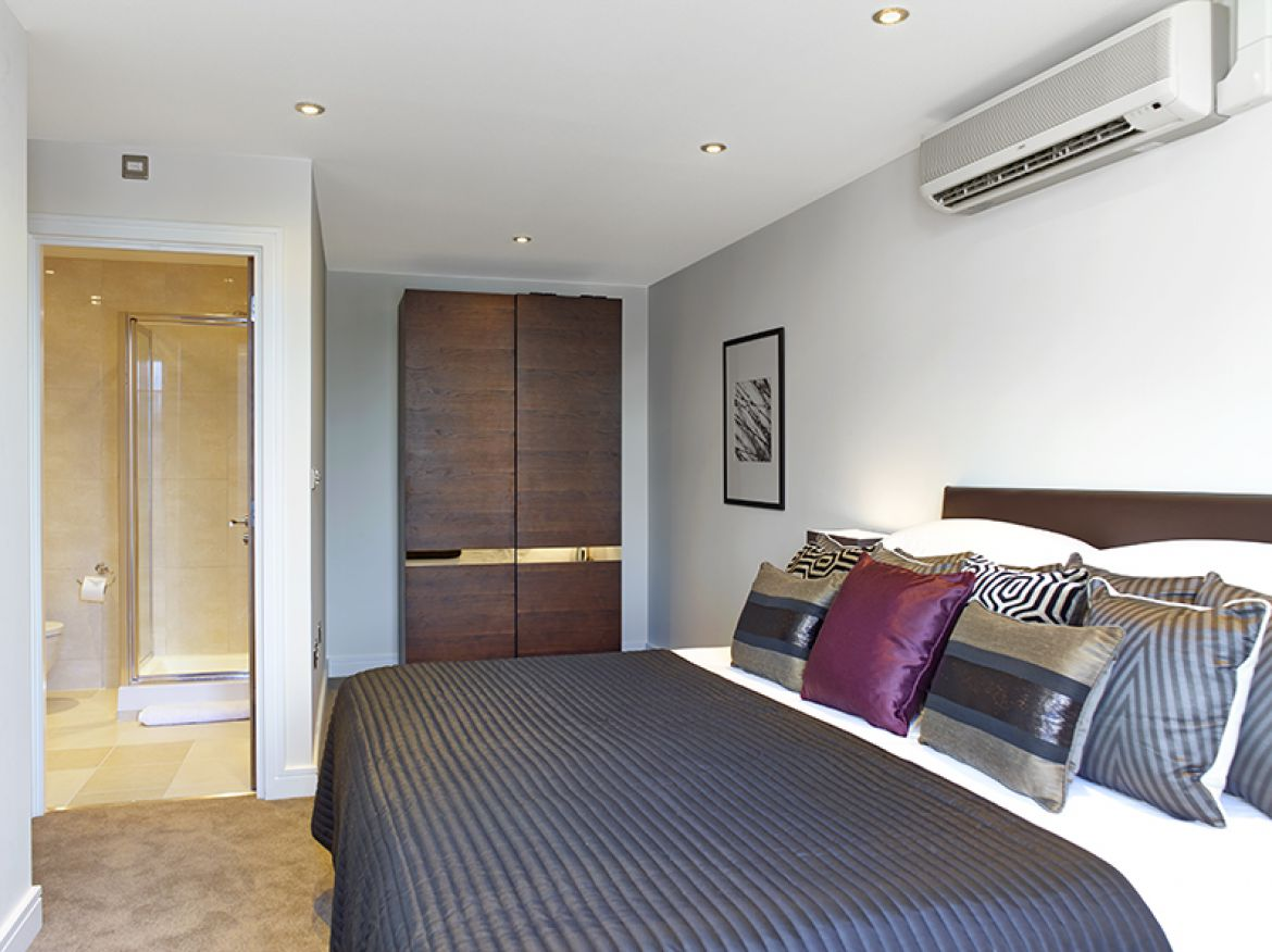 Harrington-Court-Apartments-South-Kensington---Urban-Stay-Luxury-Accommodation-Central-London---bedroom-4