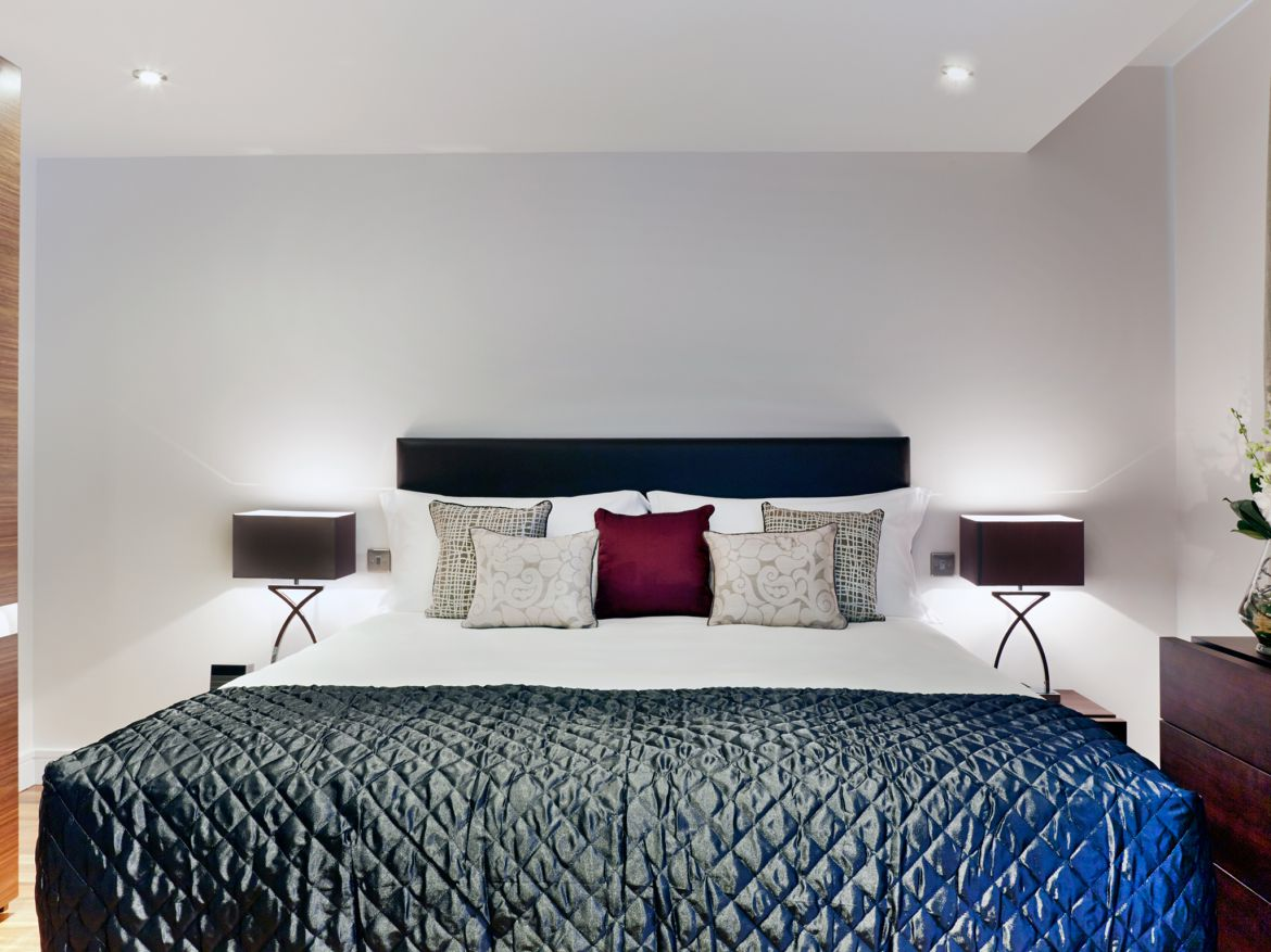 Harrington-Court-Apartments-South-Kensington---Urban-Stay-Luxury-Accommodation-Central-London---bedroom-8