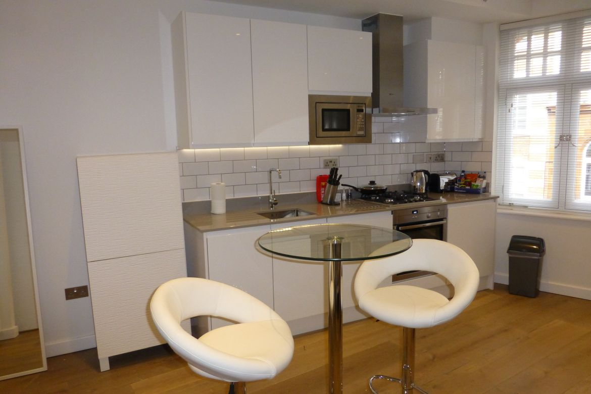 Modern Kitchen at Rose Street Serviced Apartments Covent Garden - Central London