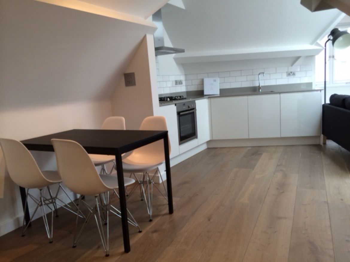 Corner Kitchen at Rose Street Serviced Apartments Covent Garden - Central London