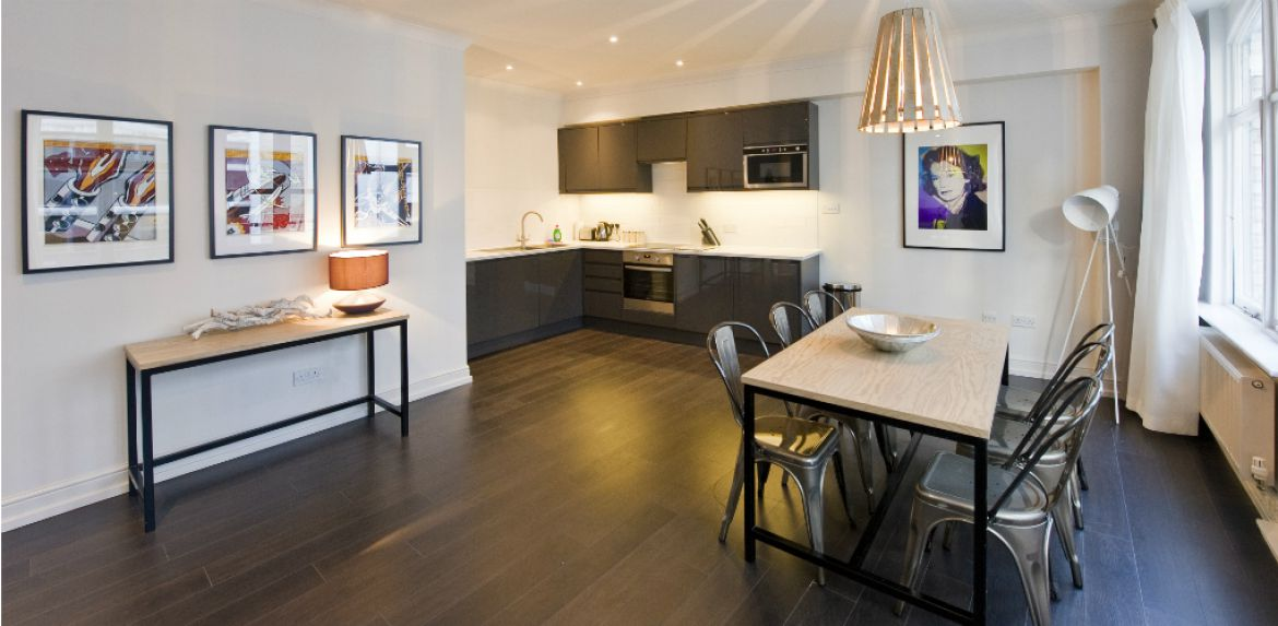 Kitchen-and-Dining-Area-at-Creechurch-Serviced-Apartments-Aldgate,-London-|-Urban-Stay