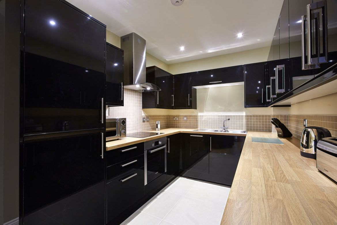 Eighteen-East-Serviced-Apartments-Southampton,-UK-|-Urban-Stay