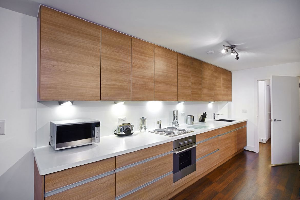 Kitchen-in-Skyline-Plaza-Apartments---Basingstoke-Serviced-Apartments,-UK