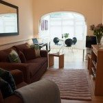 Book Kew Serviced Apartments near Kew Gardens now! Urban Stay's West London Short Stay Accommodation is great for families & business travellers relocating!