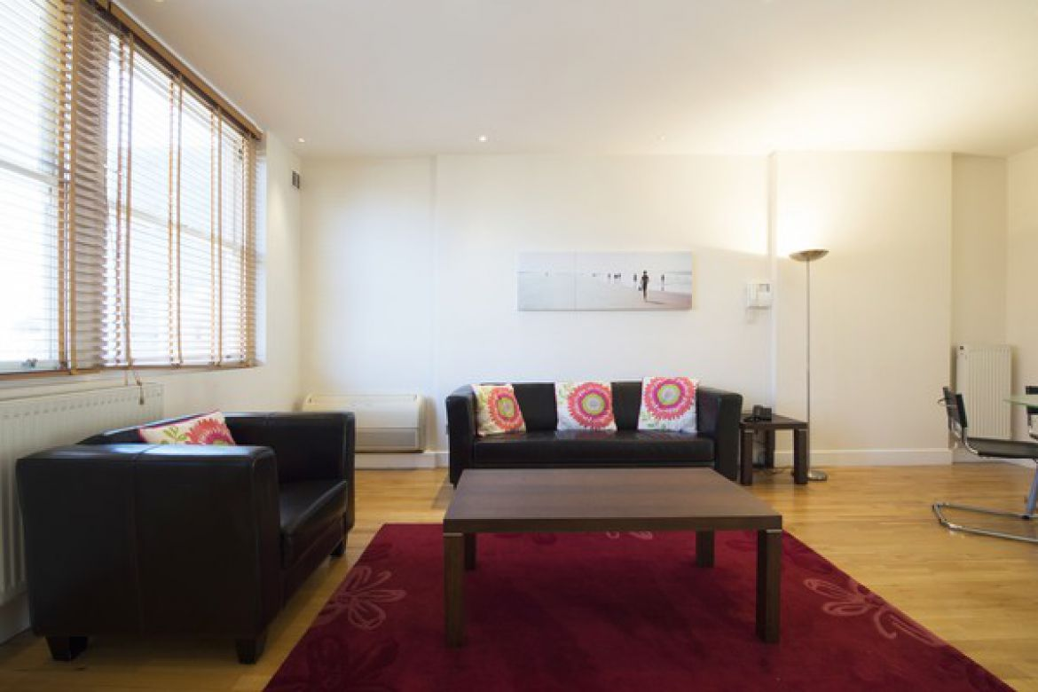 Luxury-Serviced-Accommodation-Tower-Hill-|-Stunning-Short-Let-Apartments-|-Free-Wifi-|-Flat-Screen-TV-|-|0208-6913920|-Urban-Stay