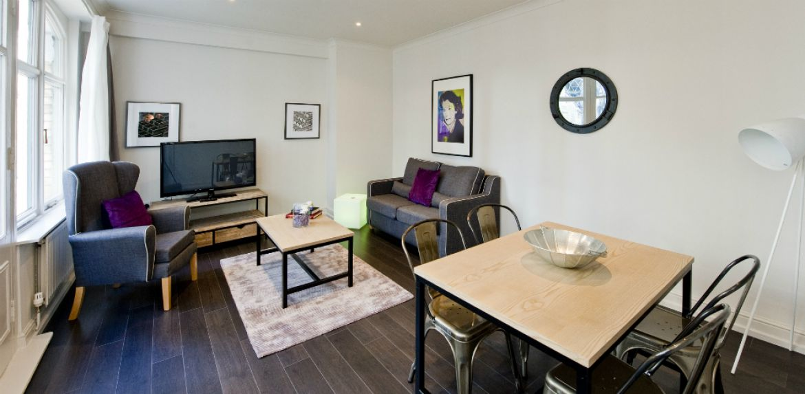 Living-Room-and-Dining-Area-at-Creechurch-Serviced-Apartments-Aldgate,-London-|-Urban-Stay