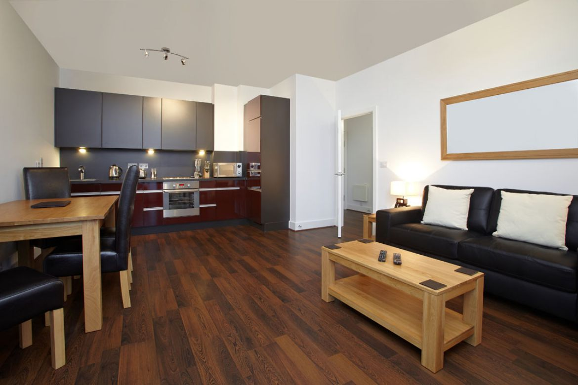 Dining-Area-and-Kitchen-in-Skyline-Plaza-Apartments---Basingstoke-Serviced-Apartments,-UK
