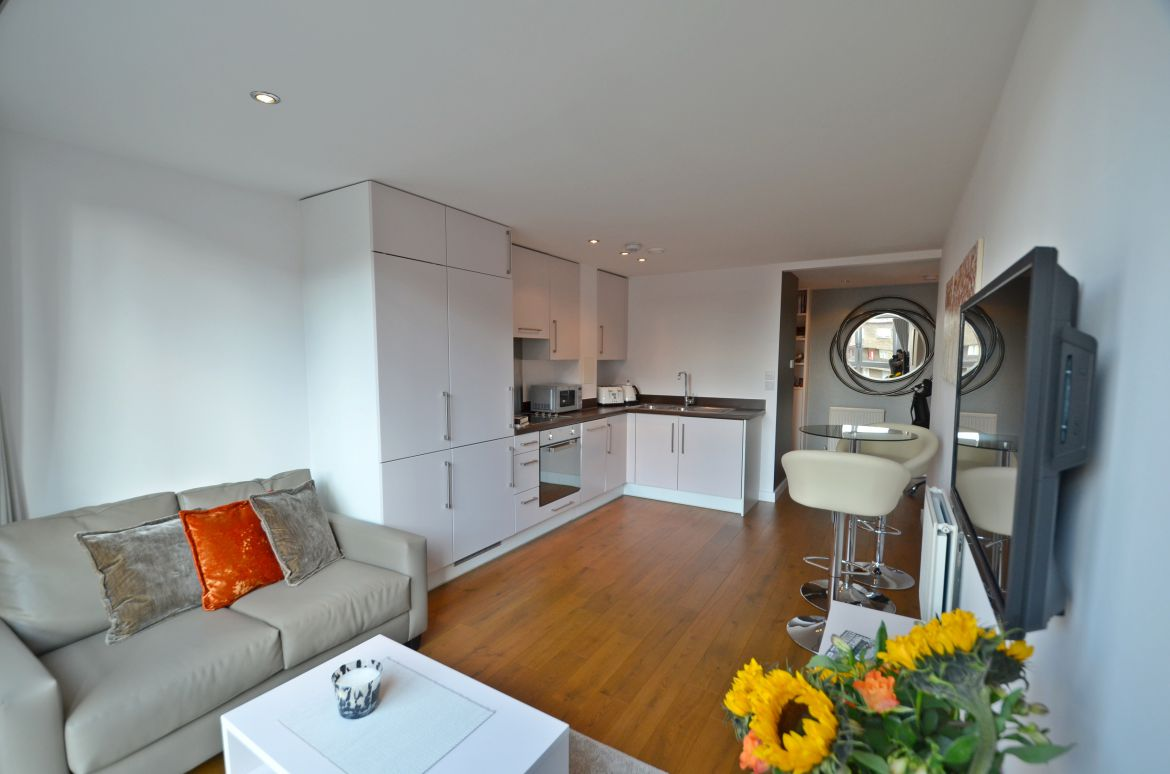 Lamb's-Passage-Serviced-Apartment-Clerkenwell,-London-|-Urban-Stay